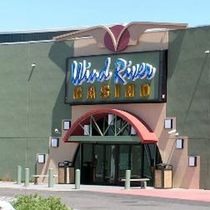 Wind River Hotel & Casino Bedding