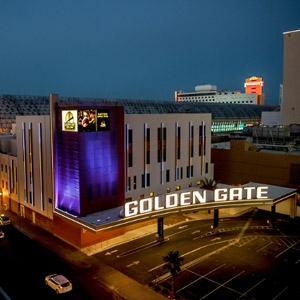 Golden Gate Hotel & Casino Bedding