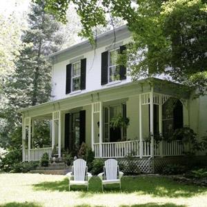 1861 Inn Bedding