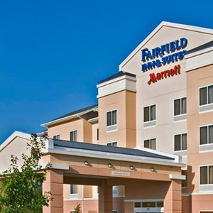Fairfield Inn & Suites Hotel Bedding