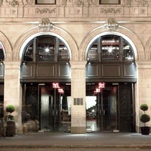 Paramount Hotel Bedding