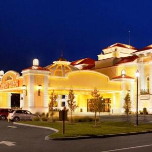 Casino Queen Hotel Bedding