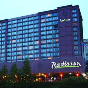 Radisson Hotel Bedding