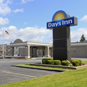 Days Inn Bedding