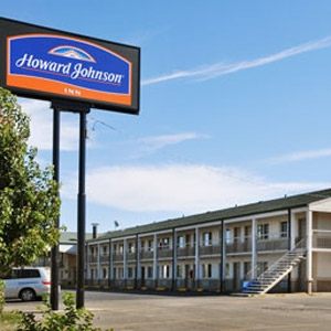 Howard Johnson Hotel Bedding