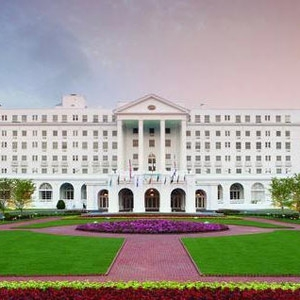 The Greenbrier Resort Bedding