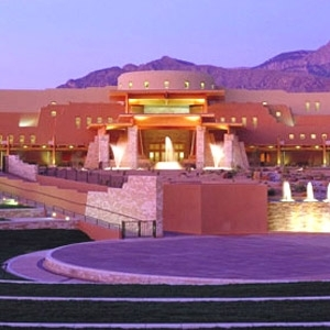 Sandia Resort & Casino Bedding