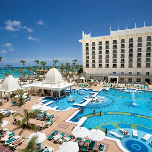 Riu Aruba Bedding