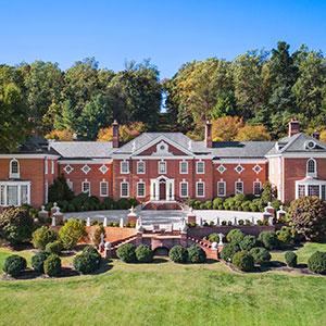 Albemarle Estate Bedding By DOWNLITE.