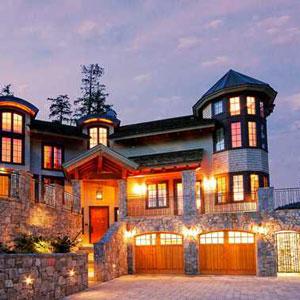 Inspirato Luxury Vacation Rental Bedding By DOWNLITE