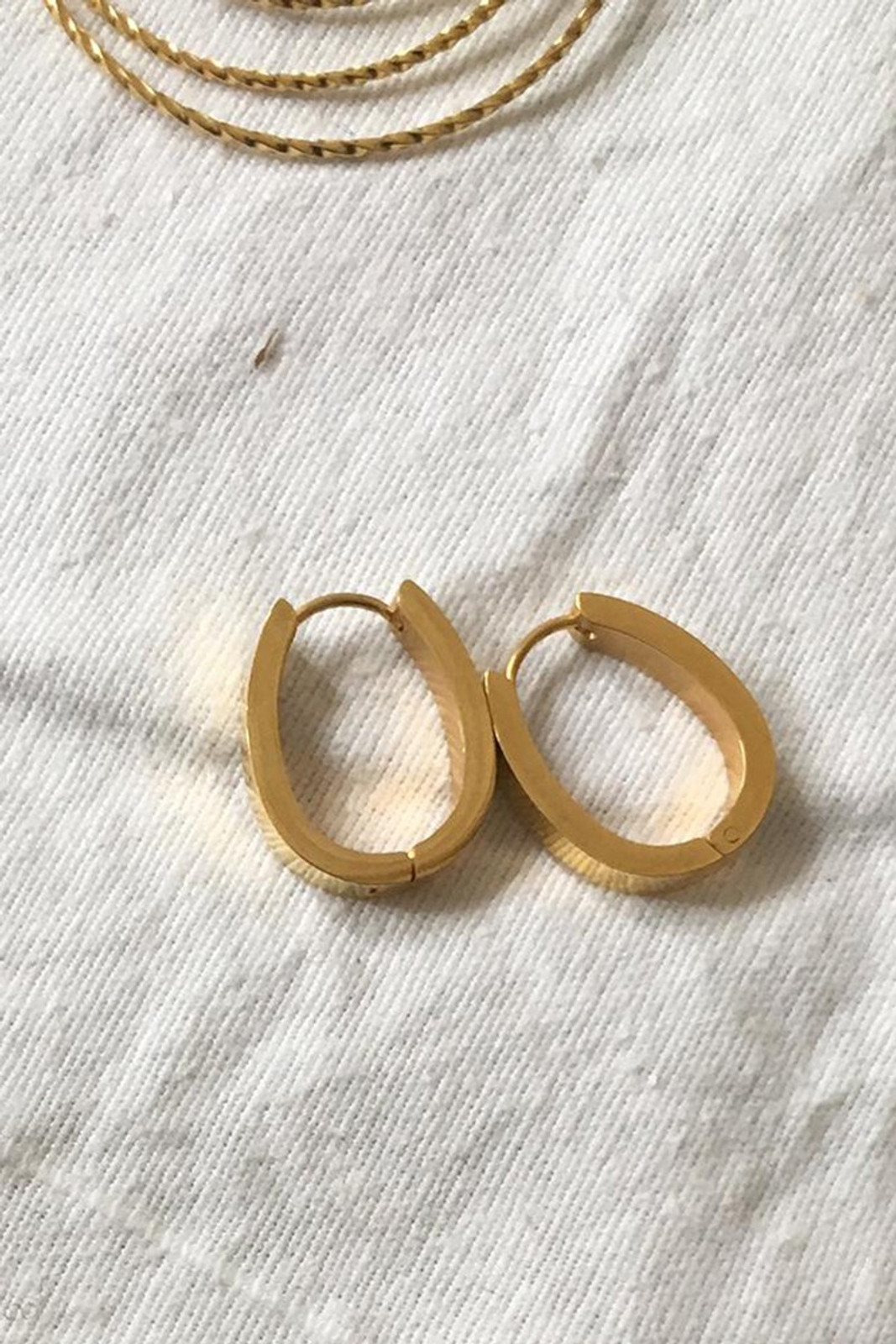 Elka Collective BRIE LEON CLASICA EARRINGS Gold  1