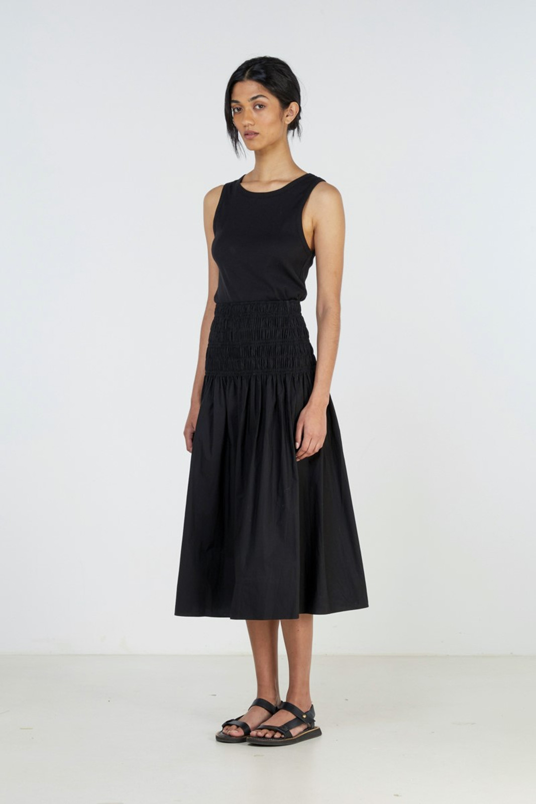 Elka Collective Theory Skirt Black  0