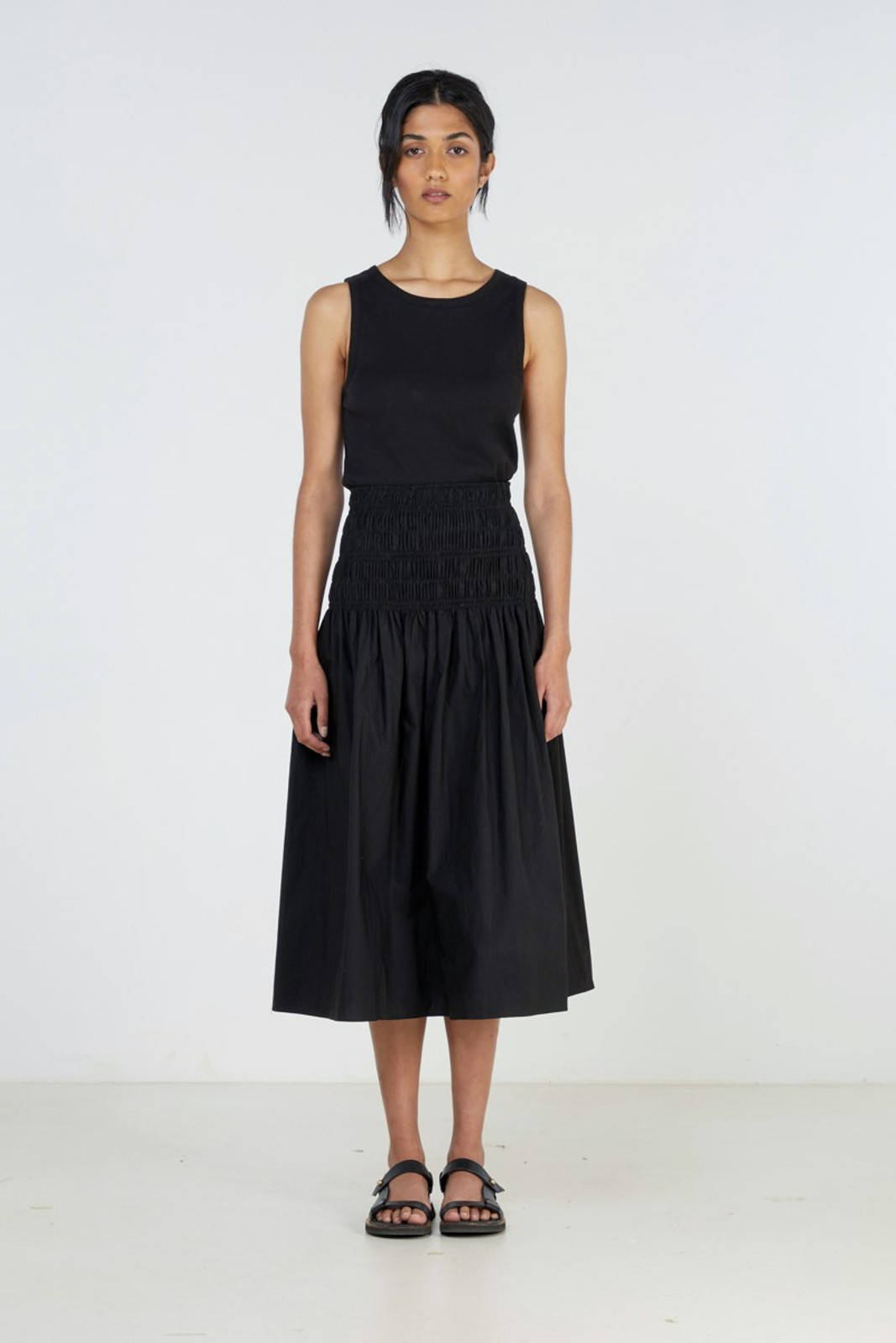 Elka Collective Theory Skirt Black  2