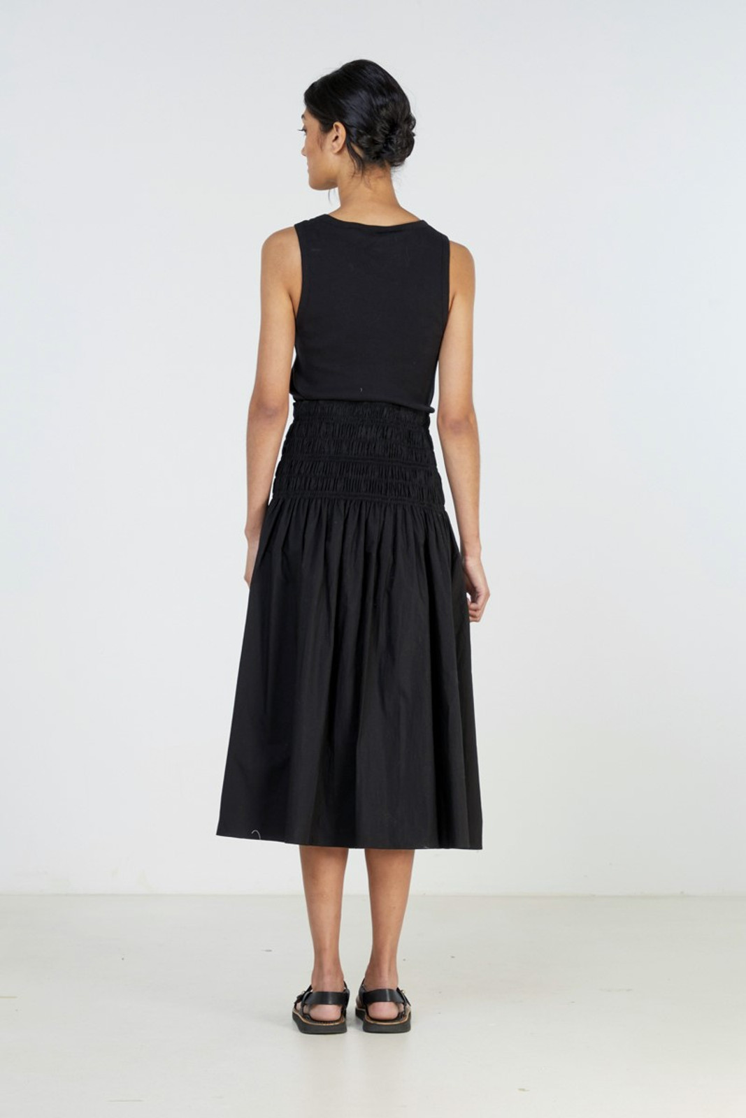 Elka Collective Theory Skirt Black  3