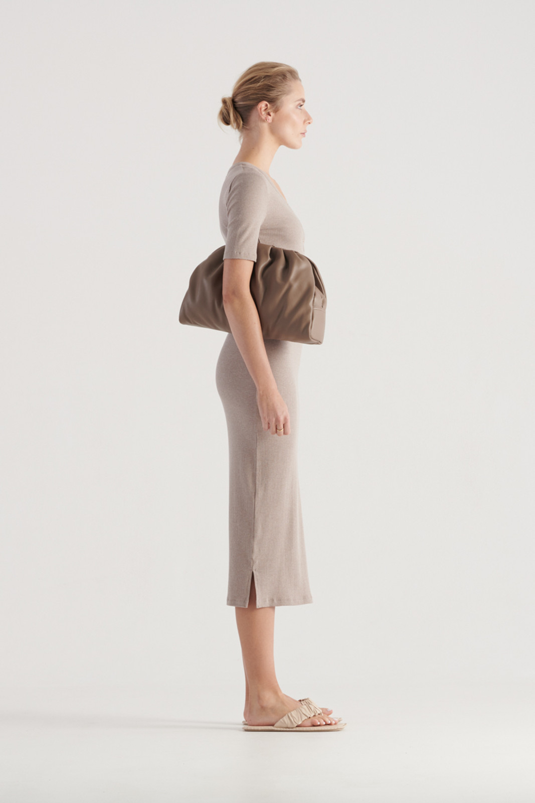 Elka Collective WomensHadley Dress Taupe Marle  5