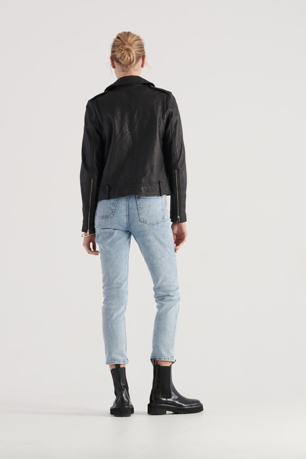 Elka Collective WOMENS Black Carrie Leather Jacket 3