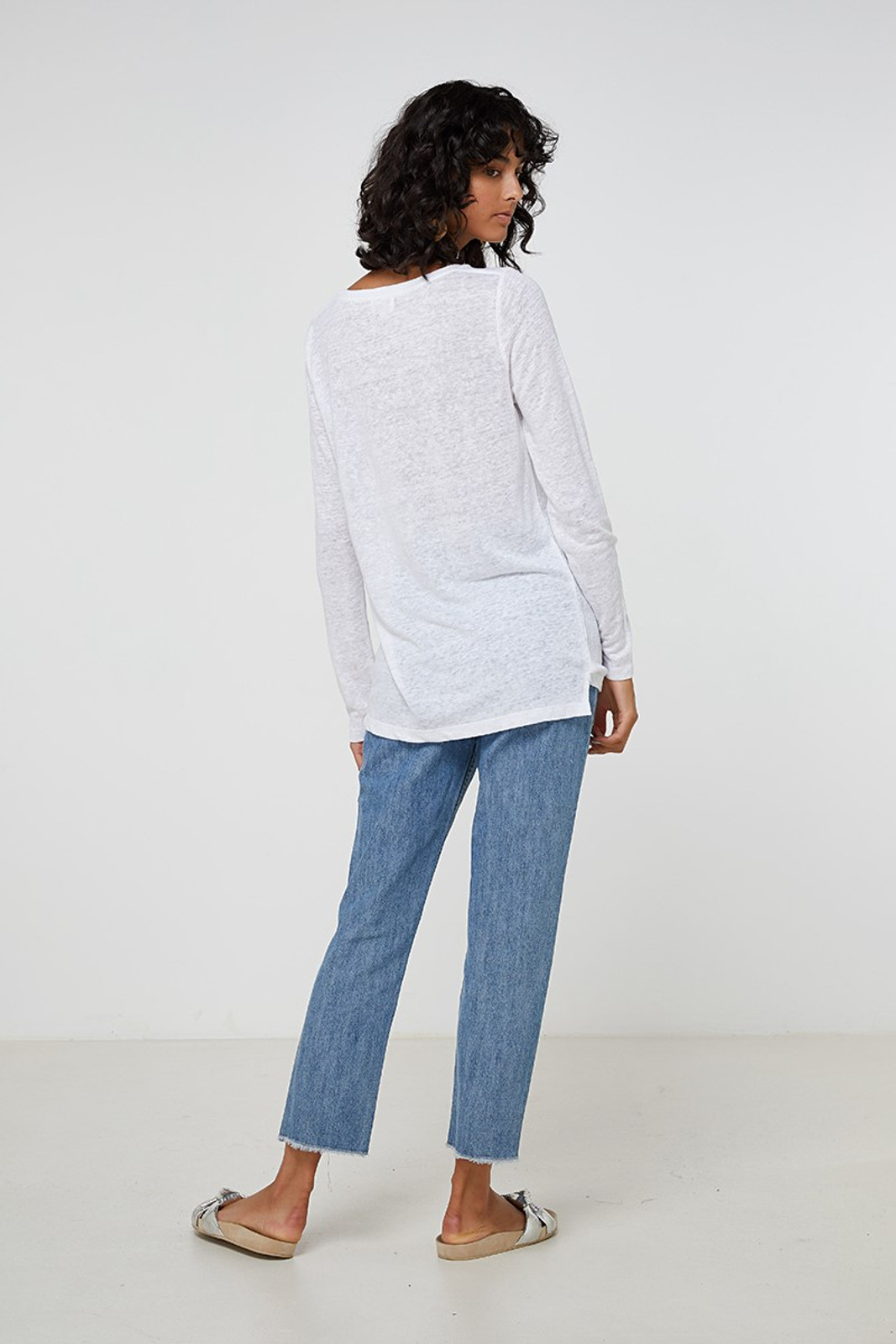 Elka Collective EC Linen L/Slv Tee White  3
