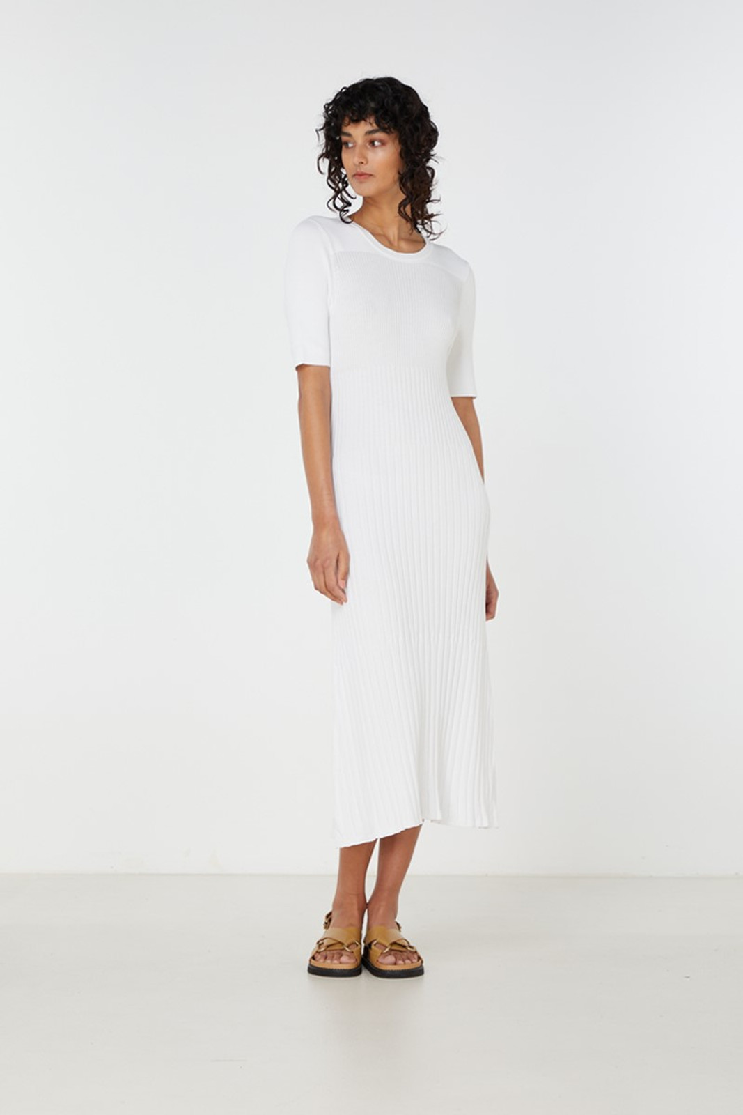 Elka Collective Chantilly Dress White  2