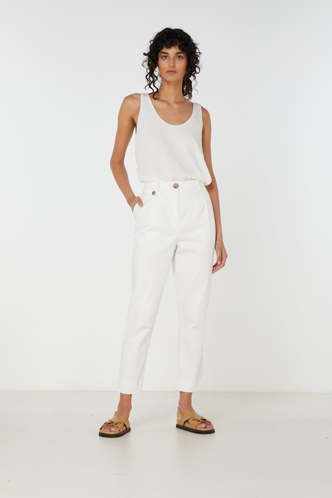 Elka Collective Desi Pant White  1
