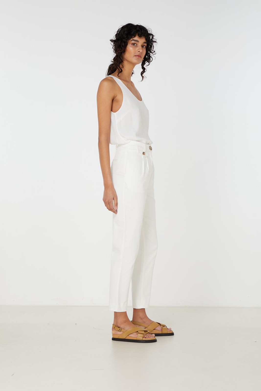 Elka Collective Desi Pant White  2