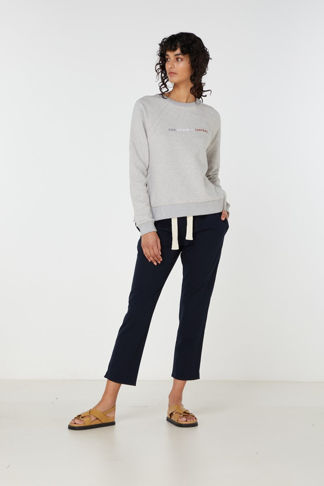Elka Collective Paix Amour Sweat Grey  0
