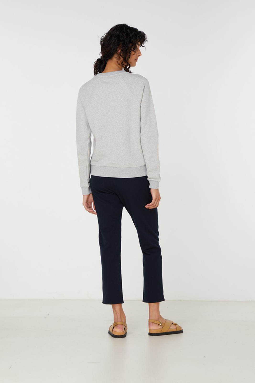 Elka Collective Paix Amour Sweat Grey  4