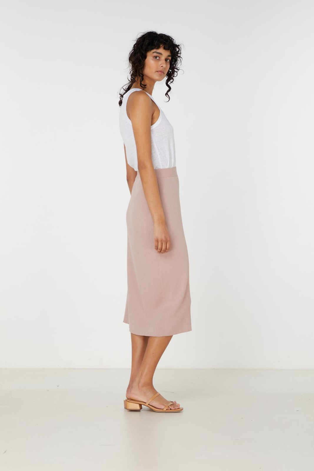 Elka Collective Airley Knit Skirt Pink  3