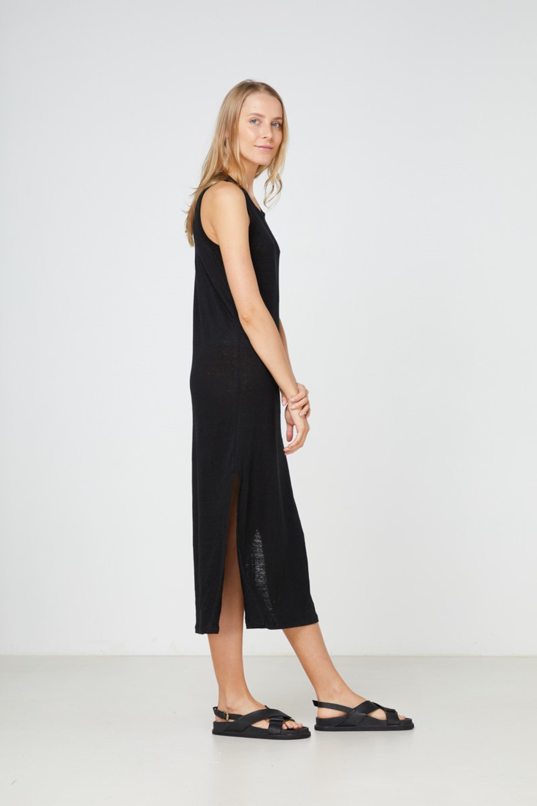 Elka Collective EC Linen Tank Dress 2.0 Black  3