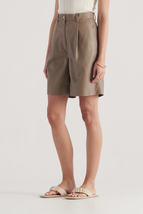 Elka Collective Penny Short Taupe