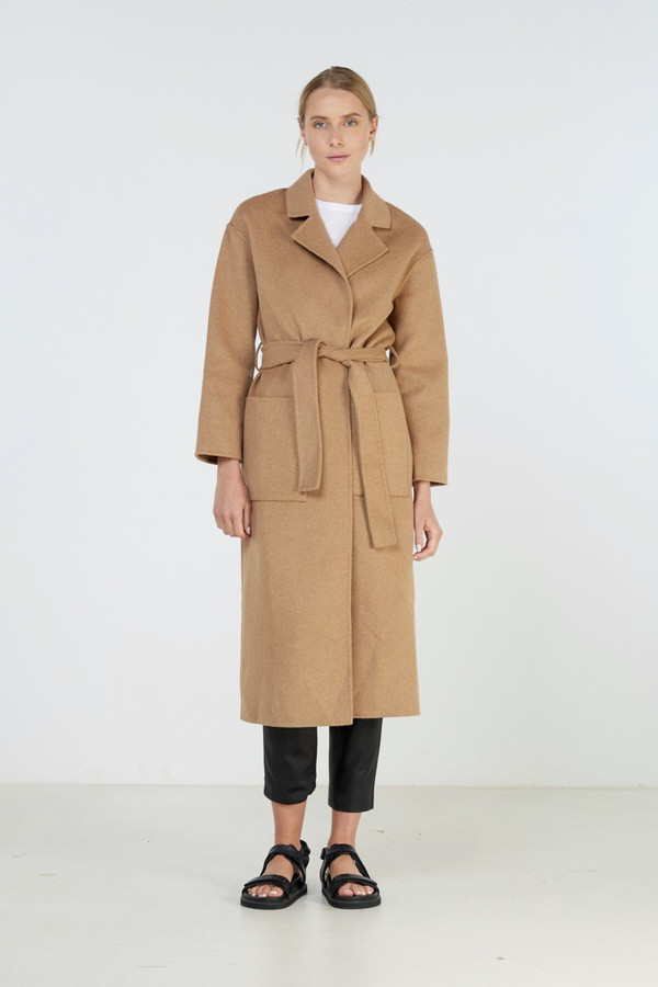 Elka Collective Form Coat Camel Marle