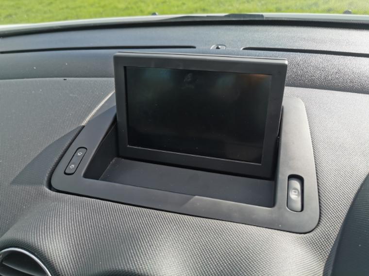 Peugeot motorised sat nav screen repair cable