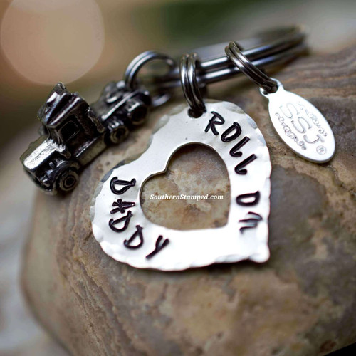 Roll on daddy southern stamped jewelry 3d semi truck charm keychain