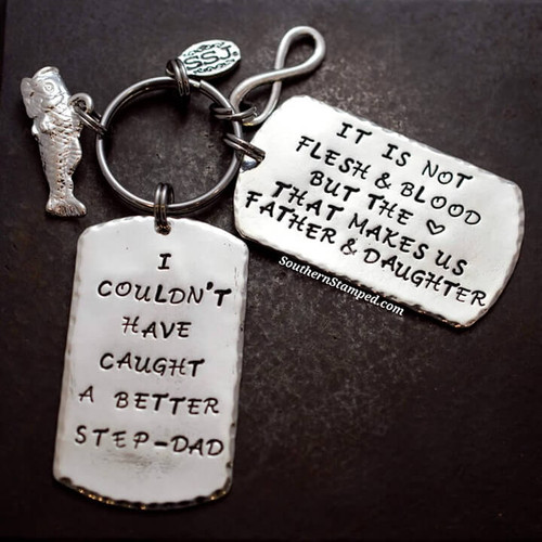 Silver key chain for step dad's who love fishing.
