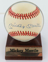 MICKEY MANTLE HAND SIGNED AUTOGRAPHED RAWLINGS RO-A BASEBALL. 100% GENUINE.
