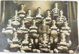 RARE 1917 REAL PHOTO POSTCARD IPSWICH GRAMMAR SCHOOL, 1ST 15 RUGBY UNION. J HUNT