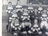 RARE 1922 REAL PHOTO POSTCARD IPSWICH GRAMMAR SCHOOL, 1ST 15 RUGBY. J A HUNT