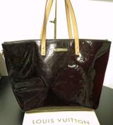 Louis Vuitton Vernis Bellevue GM Amarante Shoulder Bag M93589