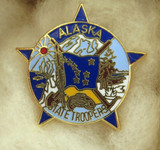 OBSOLETE USA ALASKA STATE TROOPER ENAMELLED METAL PIN / BADGE. #3