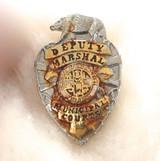 OBSOLETE VINTAGE USA DEPUTY MARSHAL MUNICIPAL COURTS LA METAL PIN BADGE #33