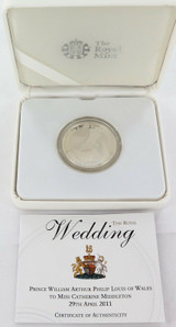 2011 ROYAL WEDDING L/ED .925 SILVER PROOF 5 POUND COIN + BOX + COA.