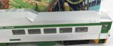 ATHEARN HO SCALE LONG BRITISH COLUMBIA RAILWAY POWERED ? PASSENGER CAR + BOX