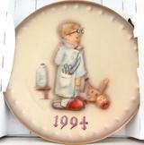 1994 HUMMEL GOEBEL HUM 290 24TH ANNUAL PLATE.