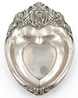 VINTAGE USA WALLACE STERLING SILVER HEART SHAPED REPOUSSE DISH.