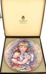 """1978 WEDGWOOD MARY VICKERS L/ED COLLECTORS PLATE + OUTER. """"CHERISH"""""""