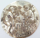 1800s ROUND REPOUSSE' SILVERPLATE PLAQUE. 3 WINGED CHERUBS AT PLAY.