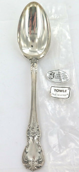 """TOWLE """"OLD MASTER"""" PATTERN STERLING SILVER SERVING SPOON + ORIGINAL SLEEVE."""