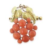 A Vintage Classical 15ct Gold Coral Set Grape Vine Brooch Val 2500