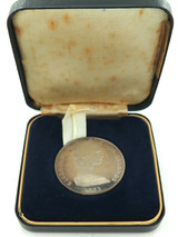 1973 COOK ISLANDS .925 SILVER $2 COIN / ORIGINAL BOX. 38MM 25.8G SLIGHTLY TONED