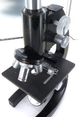 c1942 BAUSCH & LOMB OPTICAL Co, USA MICROSCOPE. SERIAL No UK7989