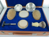 ENGLISH STERLING SILVER MENS TOILETRY SET MADE TO ORDER, VALUATION 2500 POUNDS.